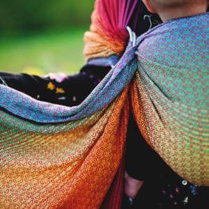 Sling de portage Little Frog Lovely red rainbow Tencel