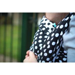 sling de portage yaro polka dot contra black white