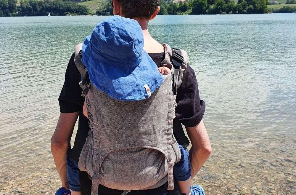 Choisir son porte bébé de randonnées, conseils et test sur le blog de jeteporte
