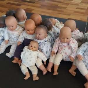 Cours de portage collectif à Romont, en prenatal et dès la naissance, votre monitrice de portage jeteporte