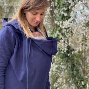 jaquette de portage pour tenir chaud à bébé lors du portage physiologique. De la marque Wear me, fabriqué en Italie. Livraison en Suisse.